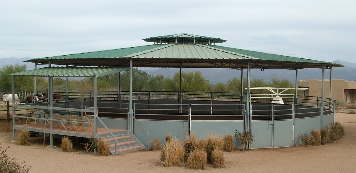 Covered domed round pen 60'